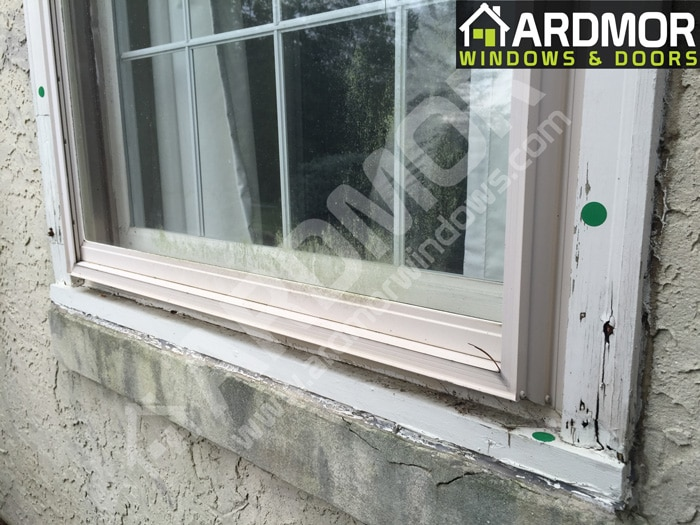Brick_Molding_and_Window_Sill_Replacement_in_Fort_Lee_NJ_before