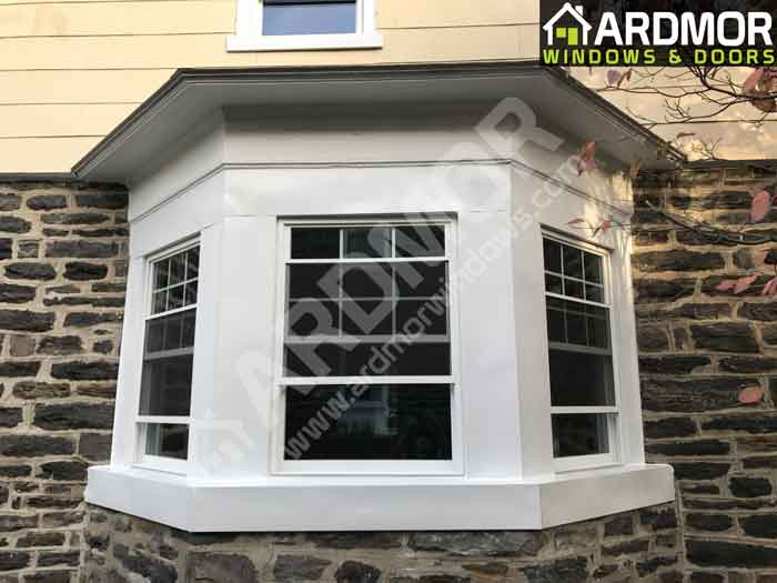 New_Vinyl_Window_Replacement_in_Old_Bay_Window_in_Tinton_Falls_NJ