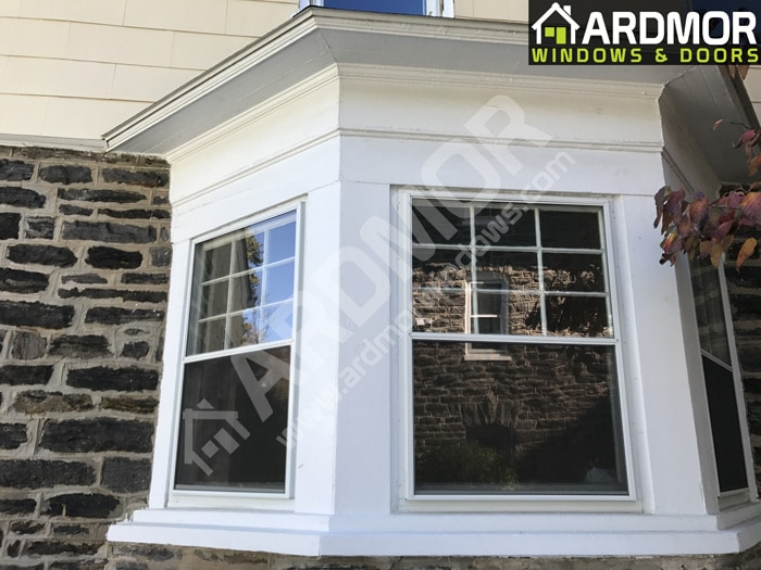 New_Vinyl_Window_Replacement_in_Old_Bay_Window_in_Tinton_Falls_NJ_before