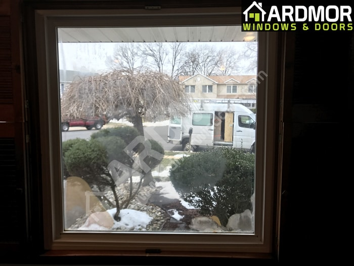 Picture_Window_Foggy-_lass_Replacement_in_Edison_NJ_before